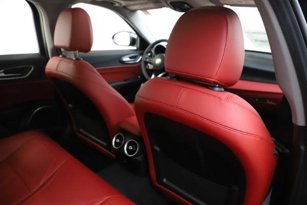 New 2020 Alfa Romeo Giulia Q4 for sale Sold at Pagani of Greenwich in Greenwich CT 06830 28