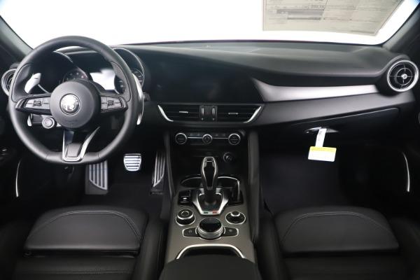 New 2020 Alfa Romeo Giulia Ti Sport Q4 for sale $56,690 at Pagani of Greenwich in Greenwich CT 06830 16