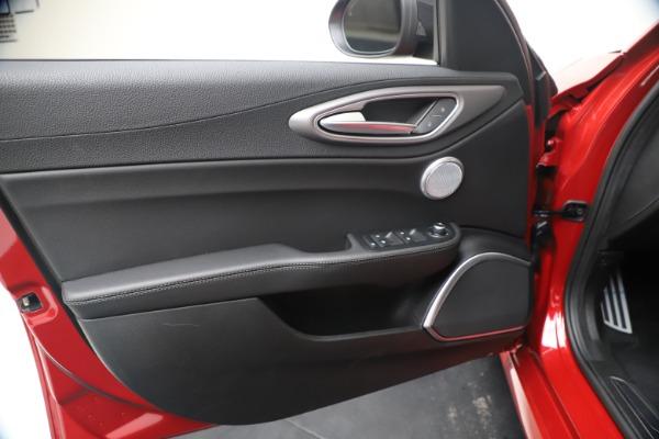 New 2020 Alfa Romeo Giulia Ti Sport Q4 for sale $56,690 at Pagani of Greenwich in Greenwich CT 06830 17
