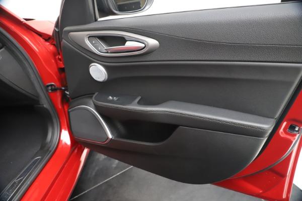 New 2020 Alfa Romeo Giulia Ti Sport Q4 for sale $56,690 at Pagani of Greenwich in Greenwich CT 06830 25