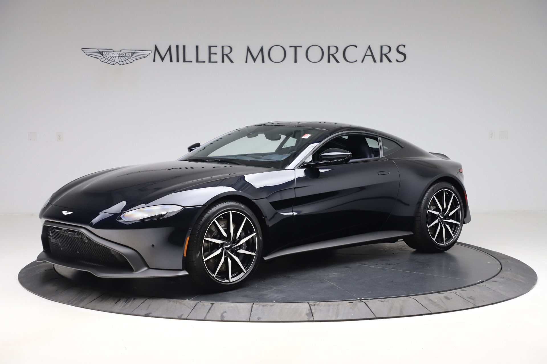 New 2020 Aston Martin Vantage Coupe for sale $177,609 at Pagani of Greenwich in Greenwich CT 06830 1