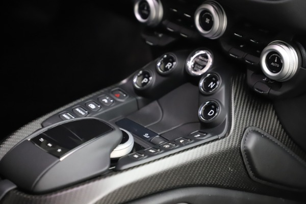 New 2020 Aston Martin Vantage for sale $184,787 at Pagani of Greenwich in Greenwich CT 06830 22