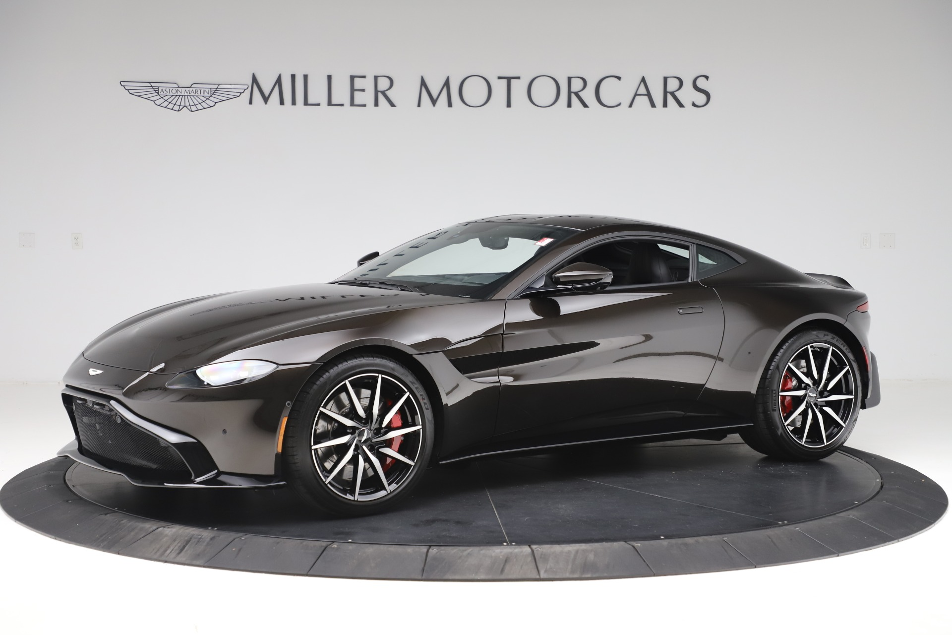 New 2020 Aston Martin Vantage Coupe for sale $184,787 at Pagani of Greenwich in Greenwich CT 06830 1