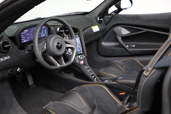 New 2020 McLaren 720S Spider Performance for sale $377,830 at Pagani of Greenwich in Greenwich CT 06830 25