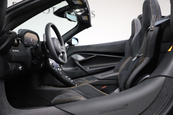 New 2020 McLaren 720S Spider Performance for sale $377,830 at Pagani of Greenwich in Greenwich CT 06830 26
