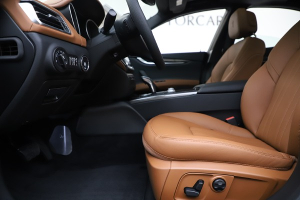 New 2020 Maserati Ghibli S Q4 for sale $63,244 at Pagani of Greenwich in Greenwich CT 06830 14