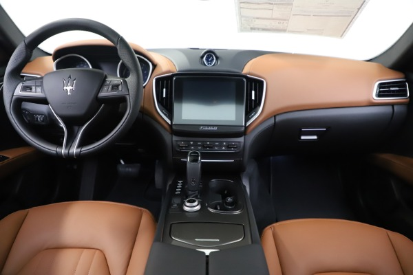 New 2020 Maserati Ghibli S Q4 for sale $63,244 at Pagani of Greenwich in Greenwich CT 06830 16