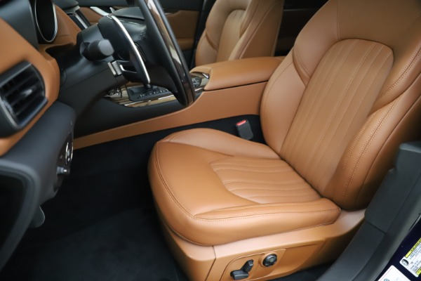 New 2020 Maserati Levante S Q4 GranLusso for sale $94,985 at Pagani of Greenwich in Greenwich CT 06830 15
