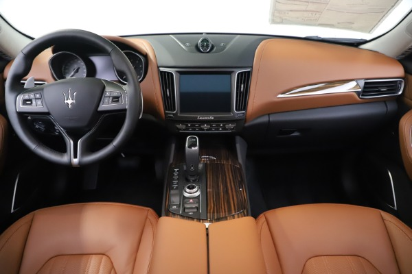 New 2020 Maserati Levante S Q4 GranLusso for sale $94,985 at Pagani of Greenwich in Greenwich CT 06830 16