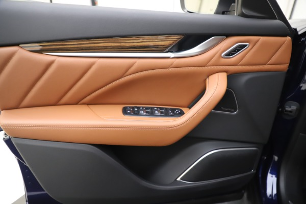 New 2020 Maserati Levante S Q4 GranLusso for sale $94,985 at Pagani of Greenwich in Greenwich CT 06830 17