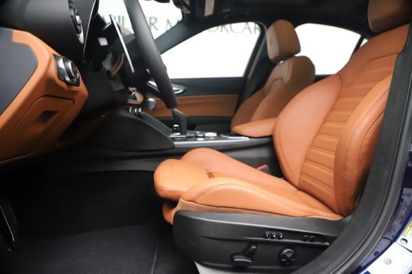 New 2020 Alfa Romeo Giulia Ti Sport Q4 for sale $52,840 at Pagani of Greenwich in Greenwich CT 06830 14