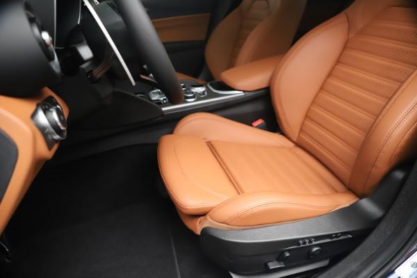 New 2020 Alfa Romeo Giulia Ti Sport Q4 for sale $52,840 at Pagani of Greenwich in Greenwich CT 06830 15