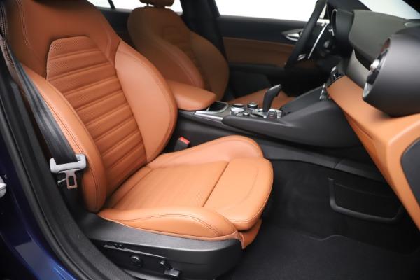 New 2020 Alfa Romeo Giulia Ti Sport Q4 for sale $52,840 at Pagani of Greenwich in Greenwich CT 06830 24