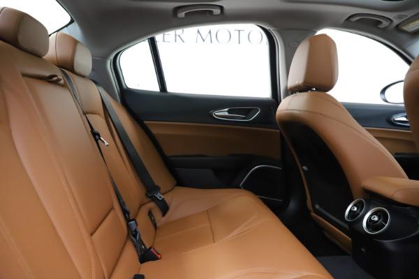 New 2020 Alfa Romeo Giulia Q4 for sale Sold at Pagani of Greenwich in Greenwich CT 06830 27