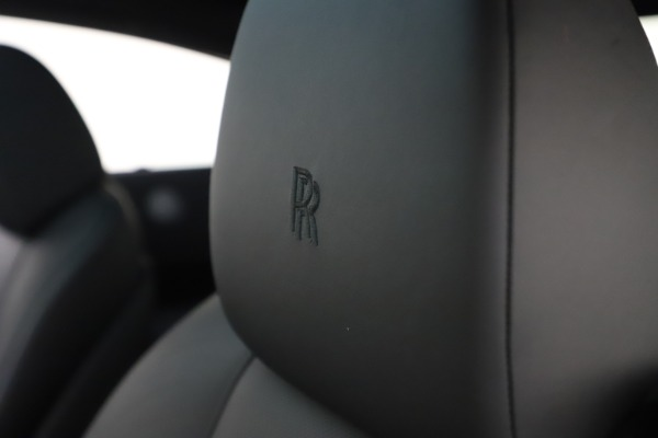 Used 2015 Rolls-Royce Wraith for sale $179,900 at Pagani of Greenwich in Greenwich CT 06830 27
