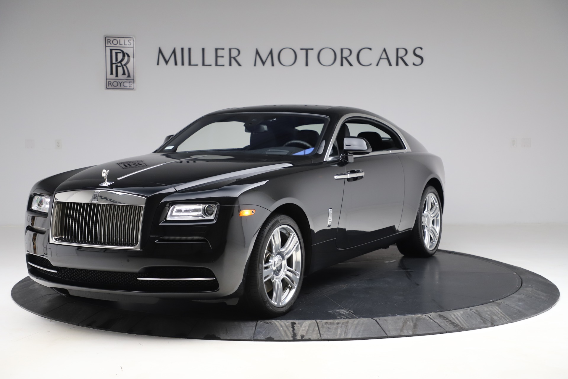 Used 2015 Rolls-Royce Wraith for sale $179,900 at Pagani of Greenwich in Greenwich CT 06830 1