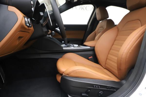 New 2020 Alfa Romeo Giulia Ti Sport Q4 for sale $53,190 at Pagani of Greenwich in Greenwich CT 06830 14