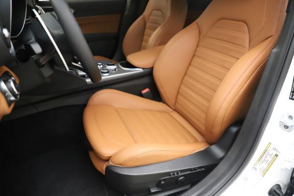 New 2020 Alfa Romeo Giulia Ti Sport Q4 for sale $53,190 at Pagani of Greenwich in Greenwich CT 06830 15