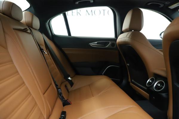 New 2020 Alfa Romeo Giulia Ti Sport Q4 for sale $53,190 at Pagani of Greenwich in Greenwich CT 06830 27