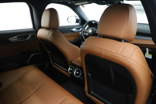 New 2020 Alfa Romeo Giulia Ti Sport Q4 for sale $53,190 at Pagani of Greenwich in Greenwich CT 06830 28
