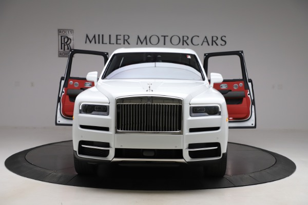 New 2020 Rolls-Royce Cullinan for sale $379,325 at Pagani of Greenwich in Greenwich CT 06830 10
