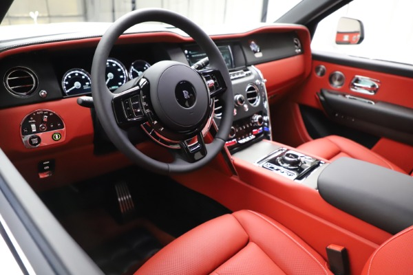 New 2020 Rolls-Royce Cullinan for sale $379,325 at Pagani of Greenwich in Greenwich CT 06830 13