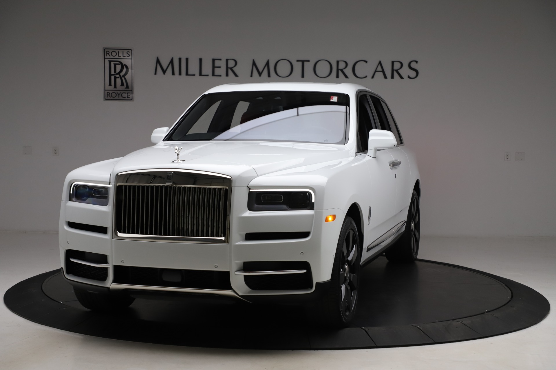 New 2020 Rolls-Royce Cullinan for sale $379,325 at Pagani of Greenwich in Greenwich CT 06830 1