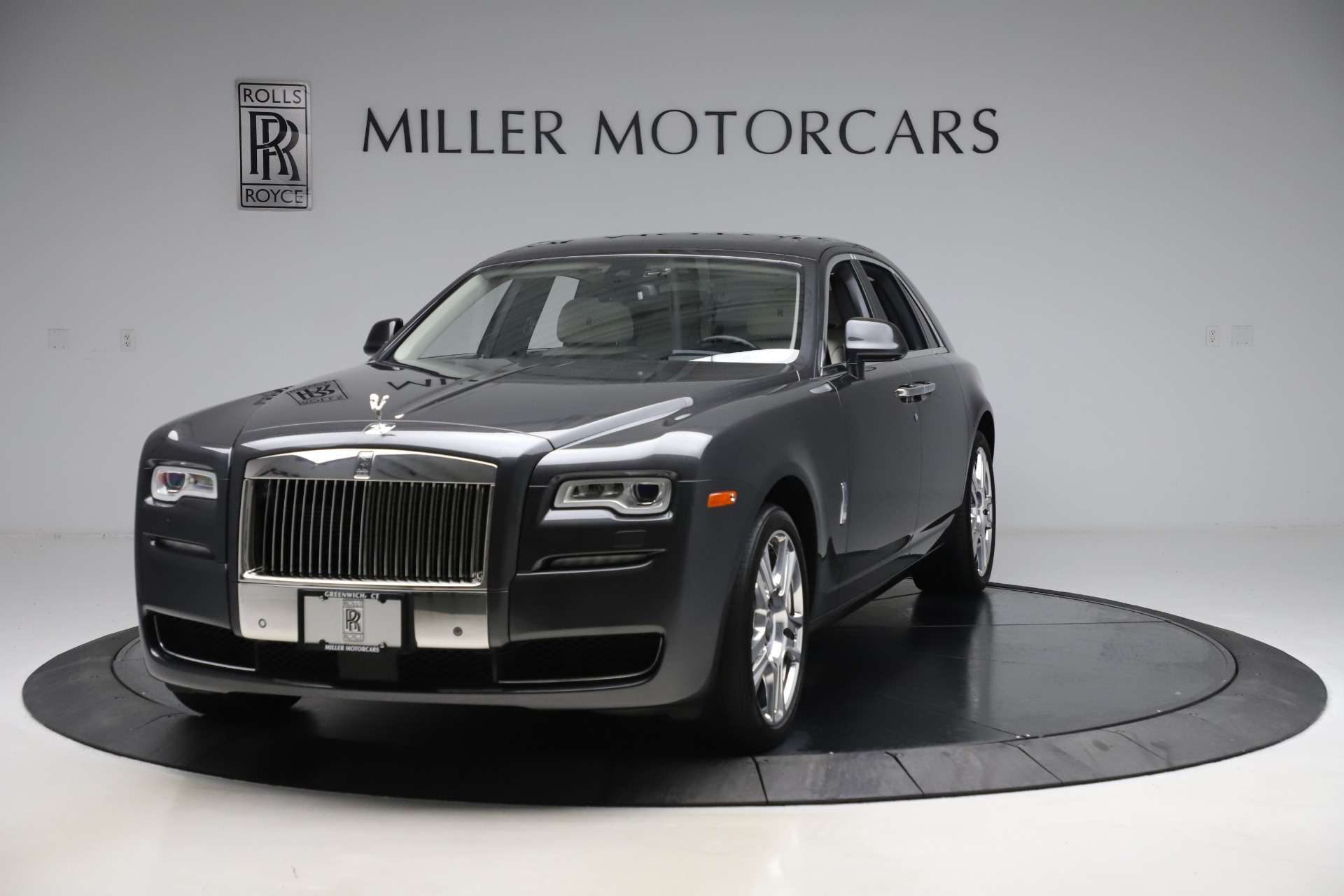 Used 2016 Rolls-Royce Ghost for sale $169,900 at Pagani of Greenwich in Greenwich CT 06830 1