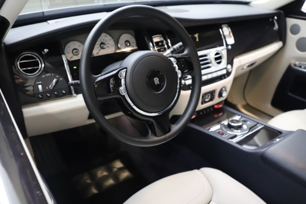 Used 2015 Rolls-Royce Ghost for sale Sold at Pagani of Greenwich in Greenwich CT 06830 19