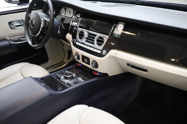 Used 2015 Rolls-Royce Ghost for sale Sold at Pagani of Greenwich in Greenwich CT 06830 20