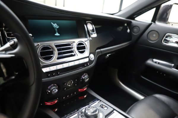 Used 2014 Rolls-Royce Wraith for sale Call for price at Pagani of Greenwich in Greenwich CT 06830 18