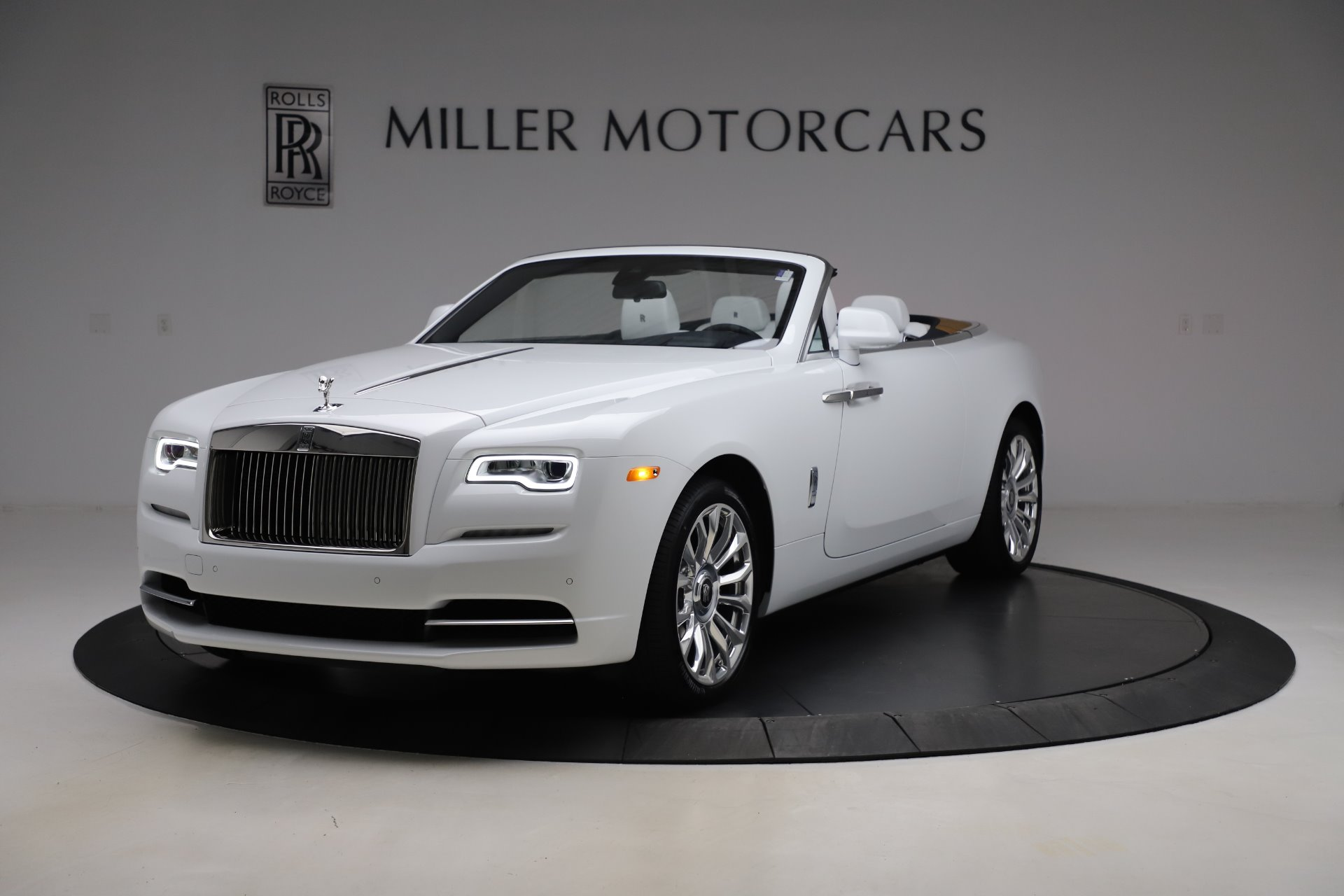 New 2020 Rolls-Royce Dawn for sale $401,175 at Pagani of Greenwich in Greenwich CT 06830 1
