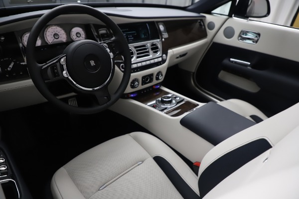 Used 2020 Rolls-Royce Dawn for sale $399,900 at Pagani of Greenwich in Greenwich CT 06830 19