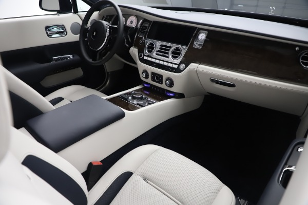 Used 2020 Rolls-Royce Dawn for sale $399,900 at Pagani of Greenwich in Greenwich CT 06830 20