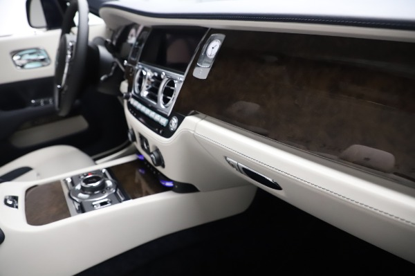 Used 2020 Rolls-Royce Dawn for sale $399,900 at Pagani of Greenwich in Greenwich CT 06830 26