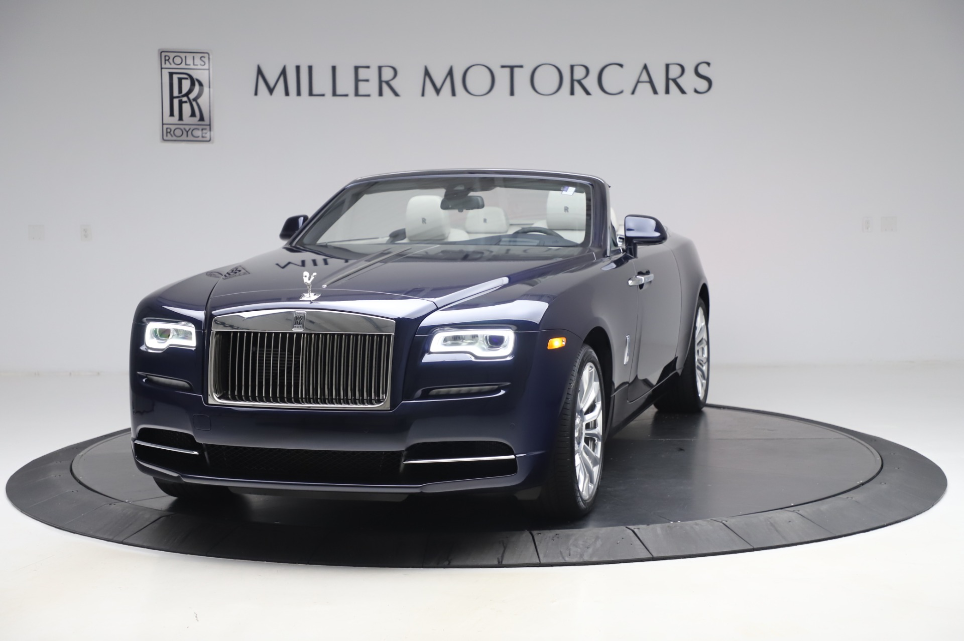 Used 2020 Rolls-Royce Dawn for sale $399,900 at Pagani of Greenwich in Greenwich CT 06830 1