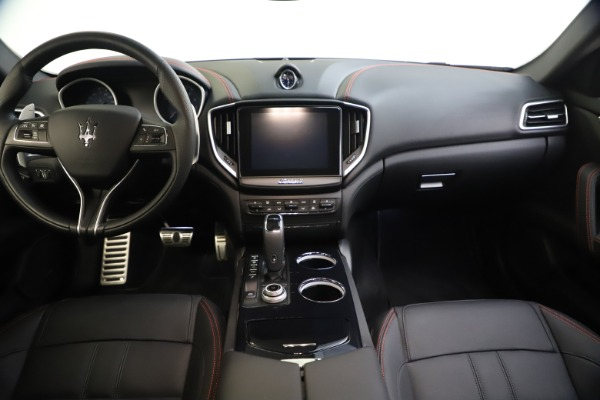 New 2020 Maserati Ghibli S Q4 GranSport for sale $70,331 at Pagani of Greenwich in Greenwich CT 06830 16