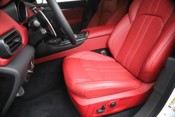 New 2020 Maserati Levante S Q4 GranSport for sale $101,085 at Pagani of Greenwich in Greenwich CT 06830 19