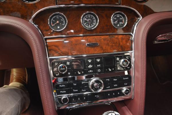 Used 2011 Bentley Mulsanne for sale Sold at Pagani of Greenwich in Greenwich CT 06830 23