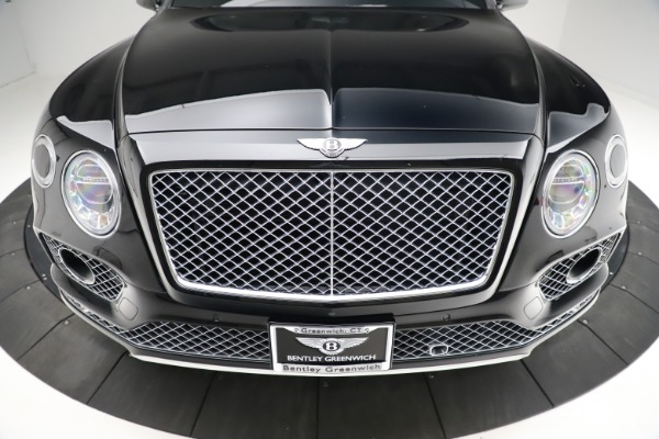 Used 2017 Bentley Bentayga W12 for sale $139,900 at Pagani of Greenwich in Greenwich CT 06830 13