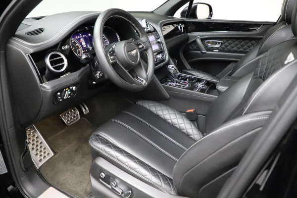 Used 2017 Bentley Bentayga W12 for sale $139,900 at Pagani of Greenwich in Greenwich CT 06830 17