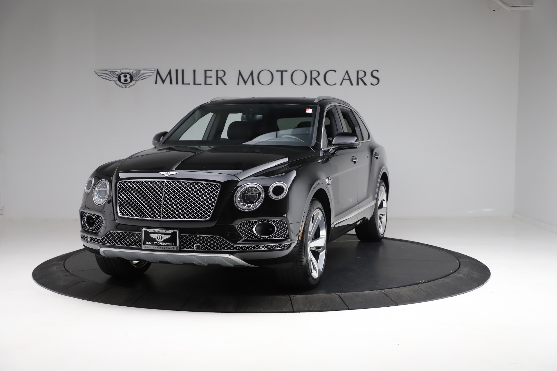 Used 2017 Bentley Bentayga W12 for sale $139,900 at Pagani of Greenwich in Greenwich CT 06830 1