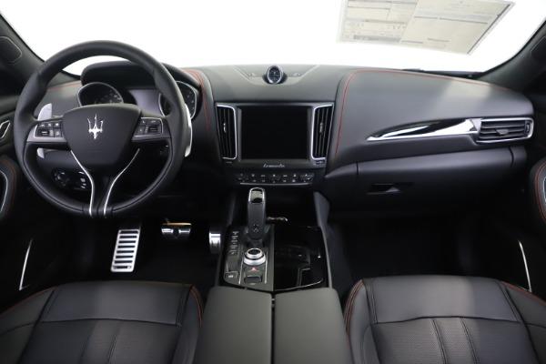 New 2020 Maserati Levante Q4 GranSport for sale $88,885 at Pagani of Greenwich in Greenwich CT 06830 16