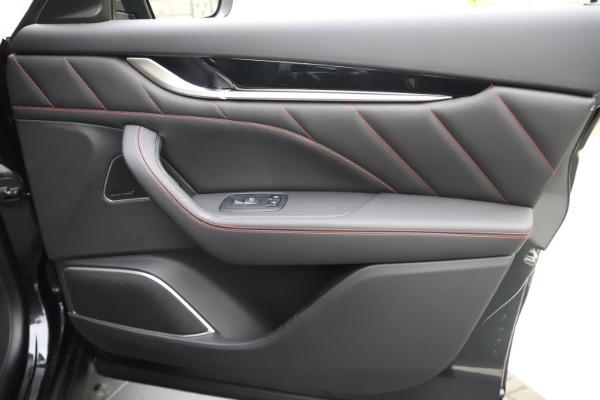 New 2020 Maserati Levante Q4 GranSport for sale $88,885 at Pagani of Greenwich in Greenwich CT 06830 25