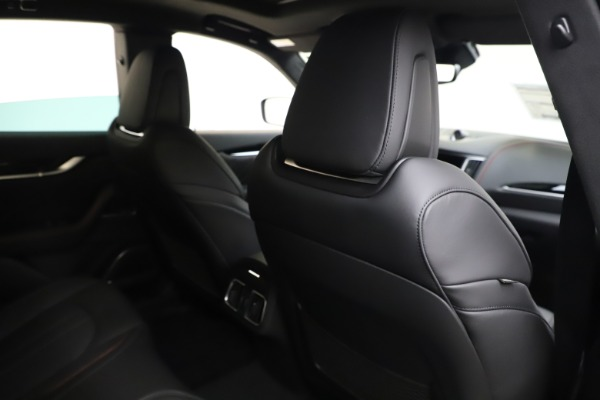 New 2020 Maserati Levante Q4 GranSport for sale $88,885 at Pagani of Greenwich in Greenwich CT 06830 28