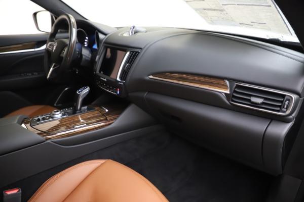 New 2020 Maserati Levante Q4 GranLusso for sale $86,935 at Pagani of Greenwich in Greenwich CT 06830 22