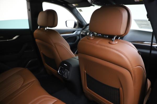 New 2020 Maserati Levante Q4 GranLusso for sale $86,935 at Pagani of Greenwich in Greenwich CT 06830 28