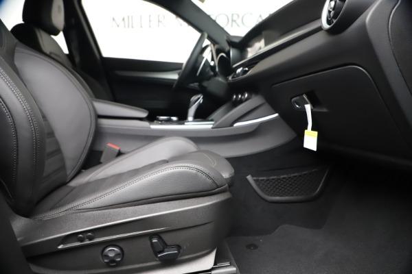 New 2019 Alfa Romeo Stelvio Ti Sport Q4 for sale $48,190 at Pagani of Greenwich in Greenwich CT 06830 23