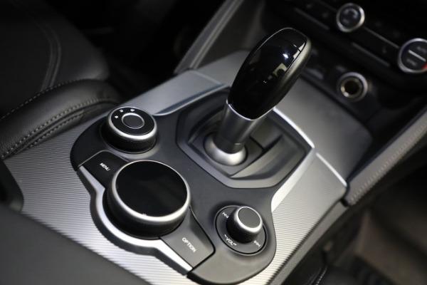 New 2019 Alfa Romeo Stelvio Ti Sport Q4 for sale Sold at Pagani of Greenwich in Greenwich CT 06830 28