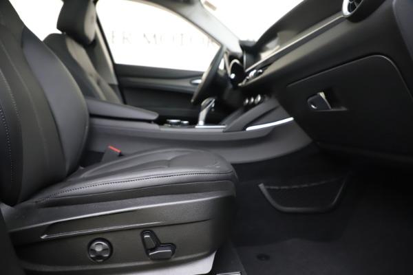 New 2019 Alfa Romeo Stelvio Ti Q4 for sale $44,590 at Pagani of Greenwich in Greenwich CT 06830 23